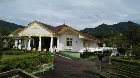 Villa Nyaman di Cipanas Puncak