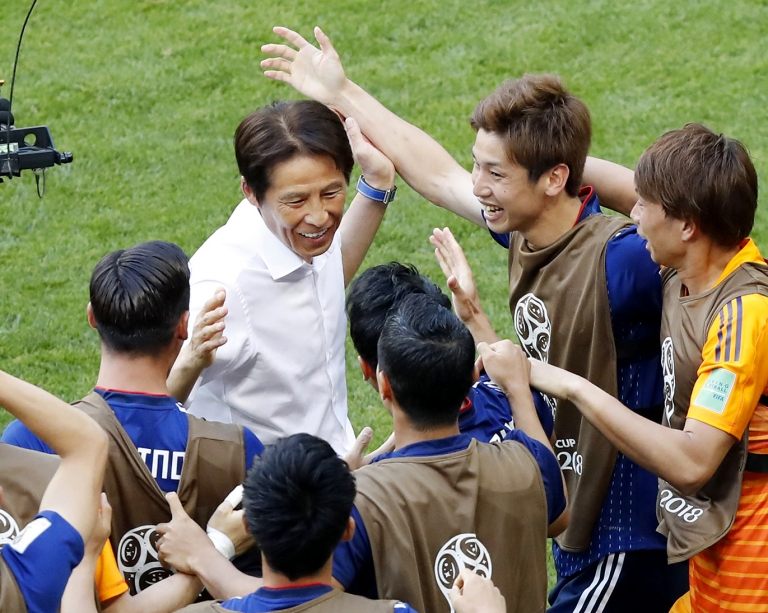 Waseda University alum Akira Nishido and Japanese Football team