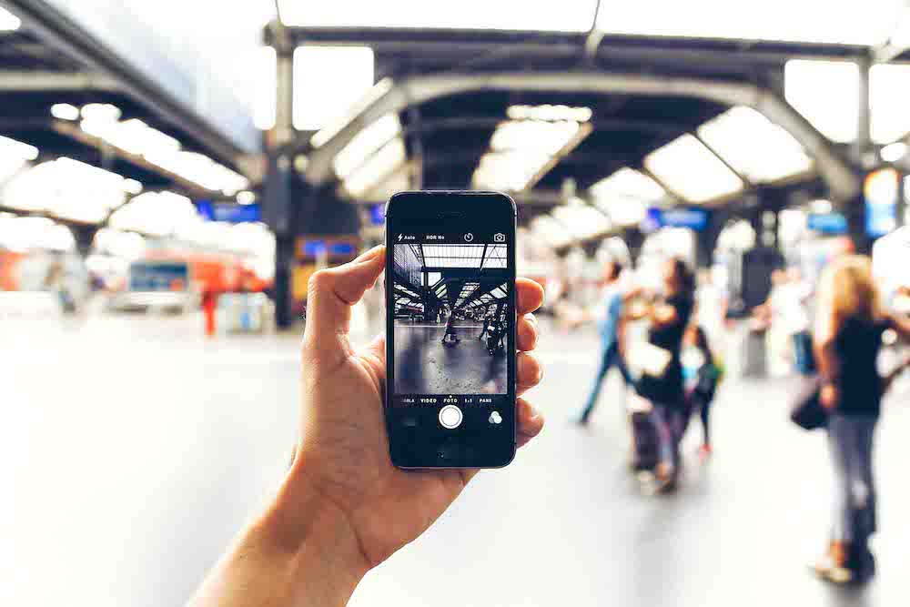 Get these essential travel apps so you don't get lost studying abroad!