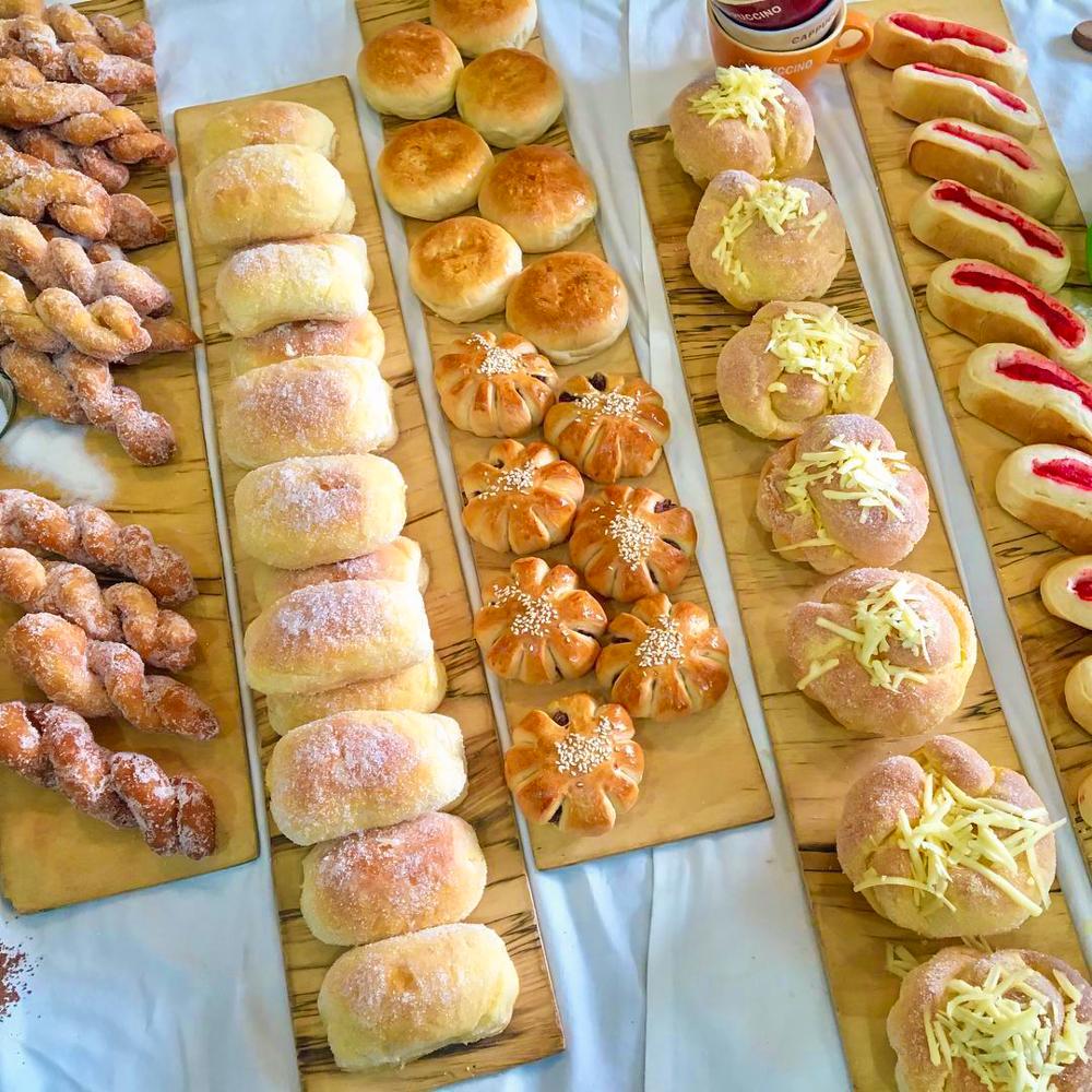 trays of neatly aligned bread