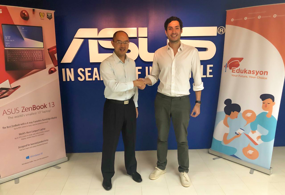 Share Campaign, ASUS Country Manager George Su, Edukasyon Founder and CEO Henry Motte-Muñoz