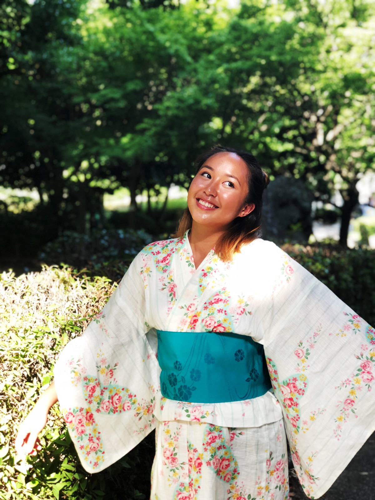 A story of a native English speaker in monolingual Waseda University