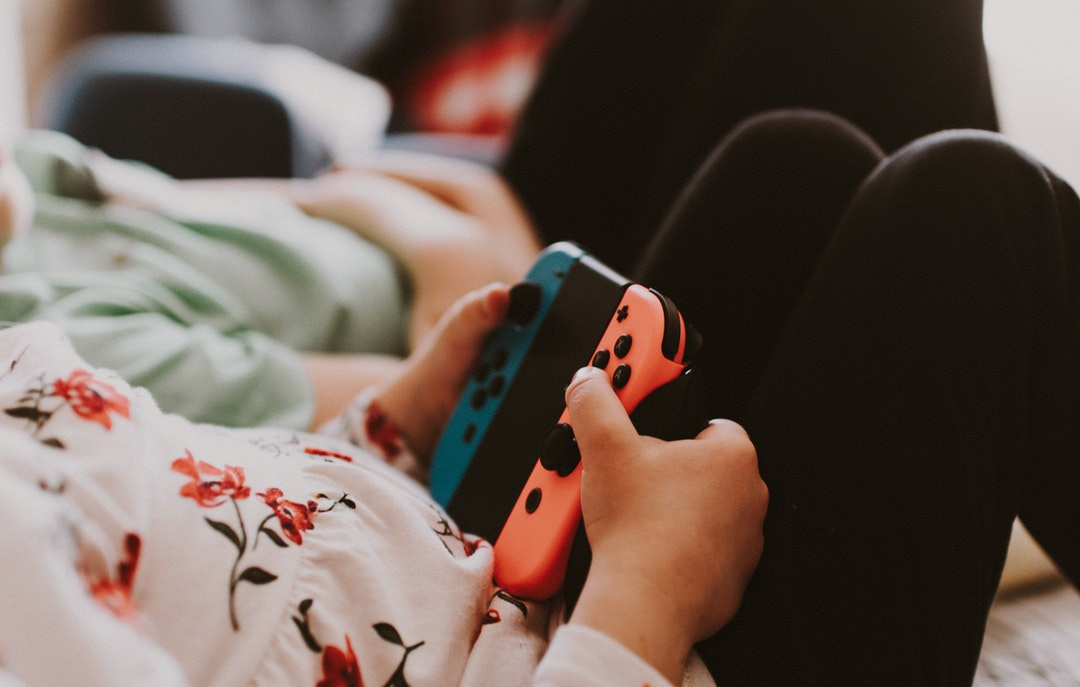 child playing video games nintendo switch