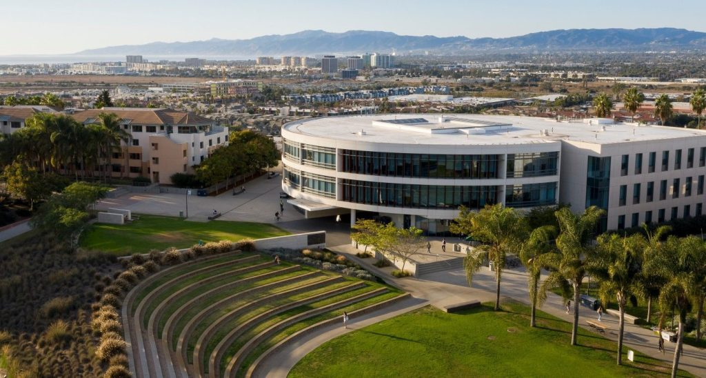 advantages of an education from the loyola marymount university campus