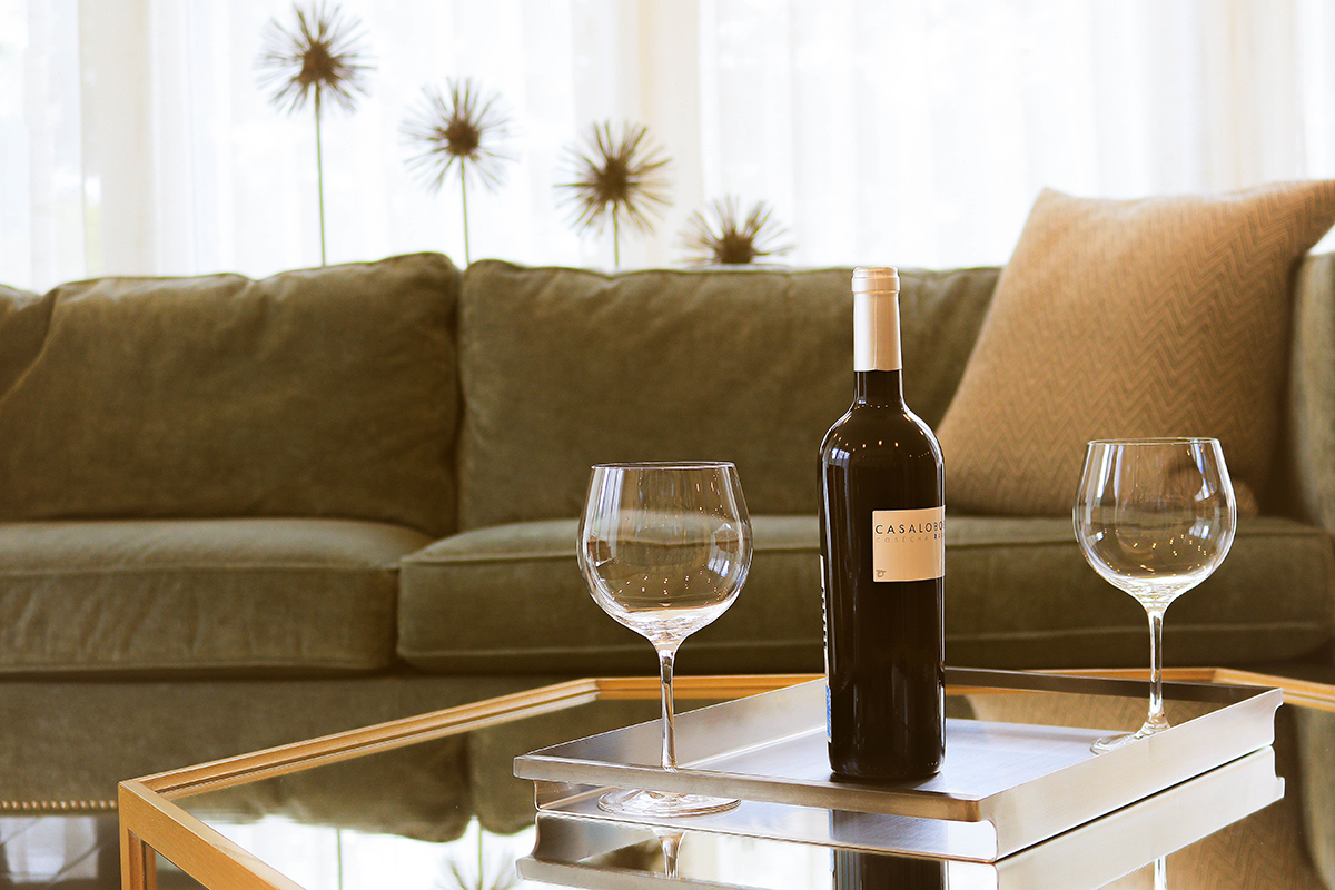 date-night-at-home-with-wine