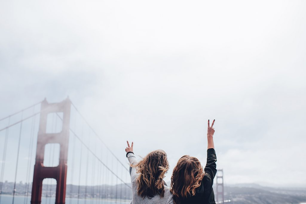 two-girls-in-san-francisco-travel