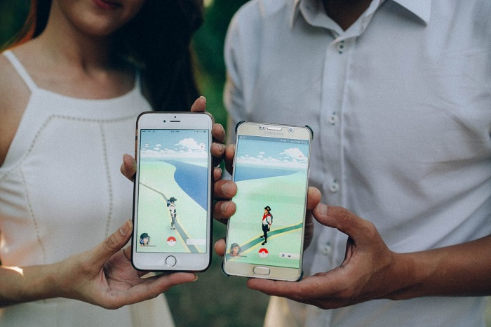 jogging while playing Pokemon Go