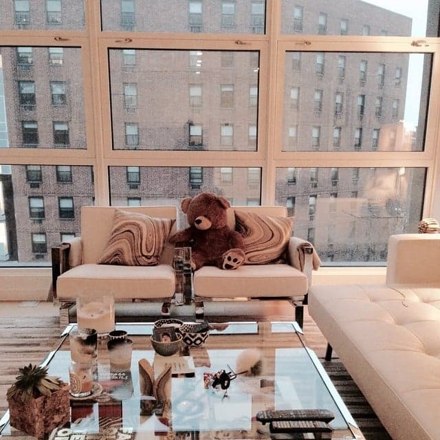 Gigi Hadid Apartment Windows