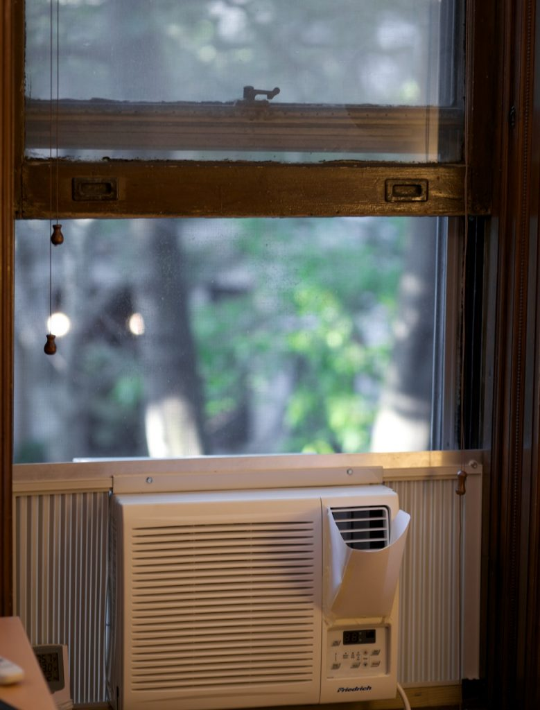 5 Expert Tips On How To Clean And Maintain Your Aircon