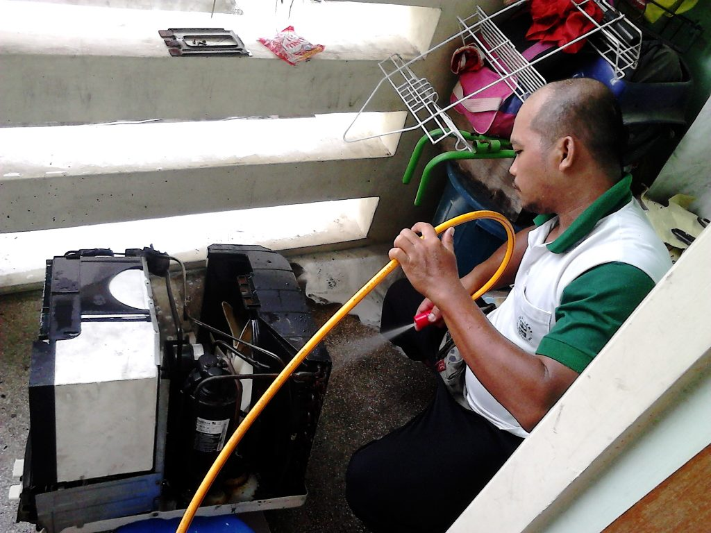 Eduardo Asuncion Jr window aircon cleaning and repair service provider