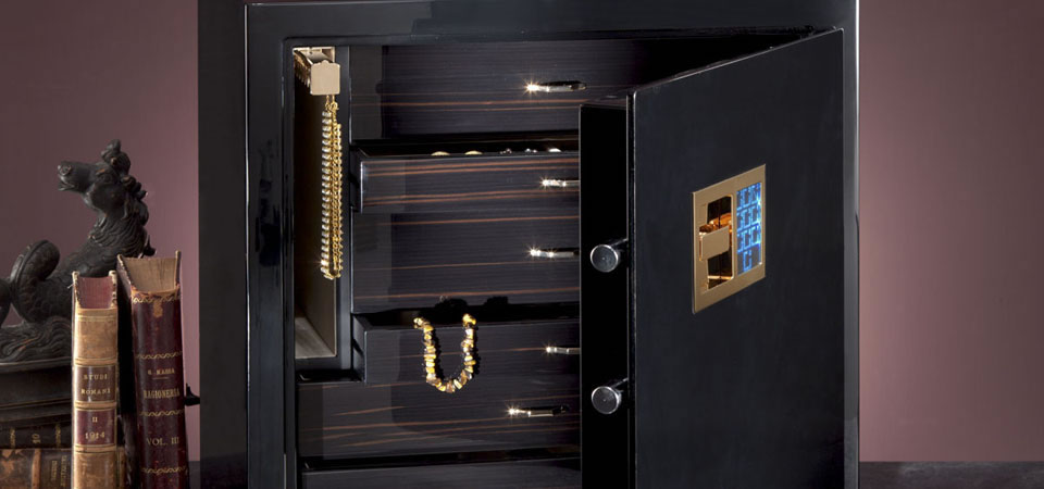safe box for jewelry