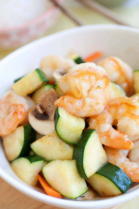 zucchini-and-shrimp-stir-fry