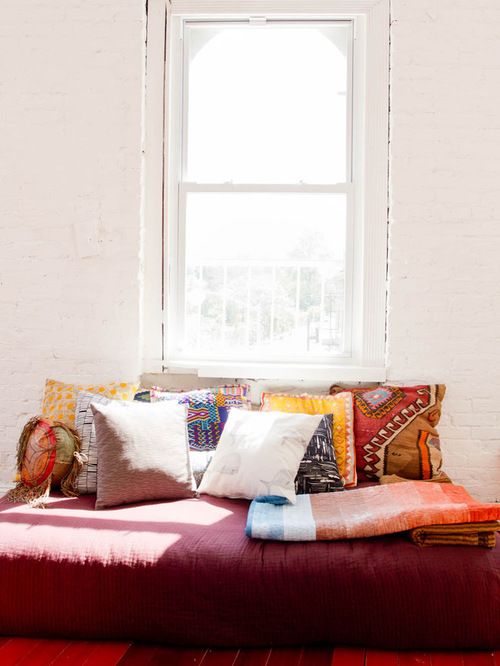 throw-pillows-living room