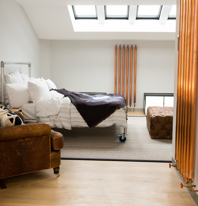 chrome-in-the-bedroom
