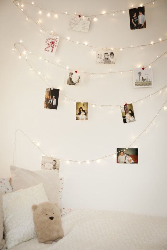christmas-lights-pic-wall
