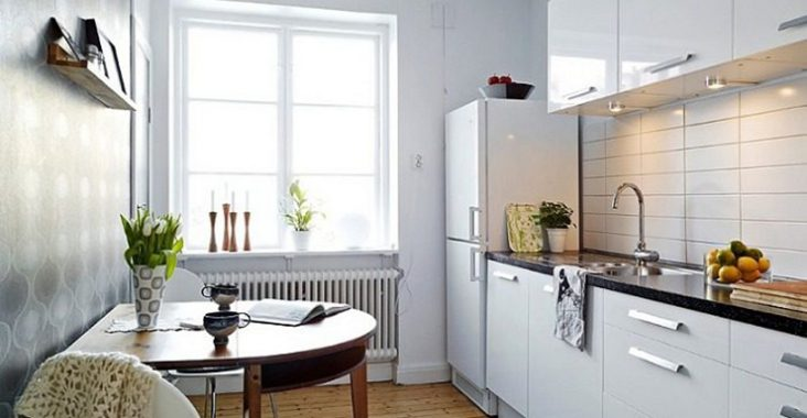 small-white-kitchen-apartment-700x523