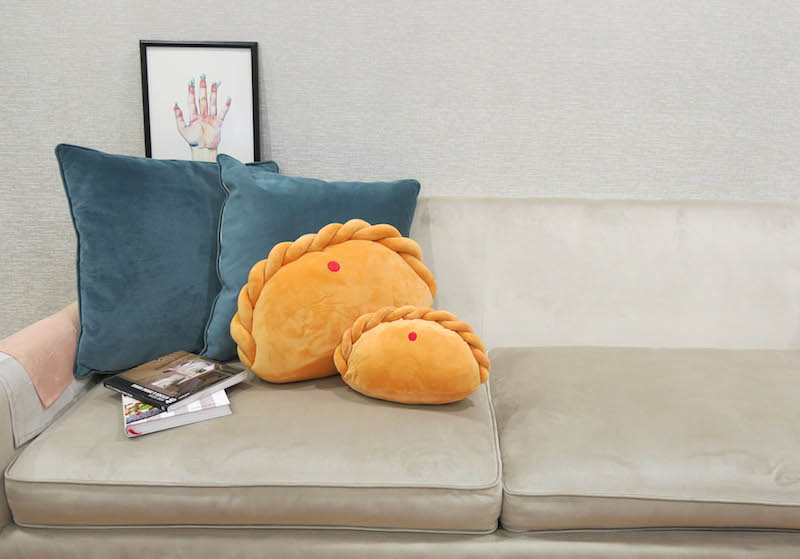 curry puff pillow