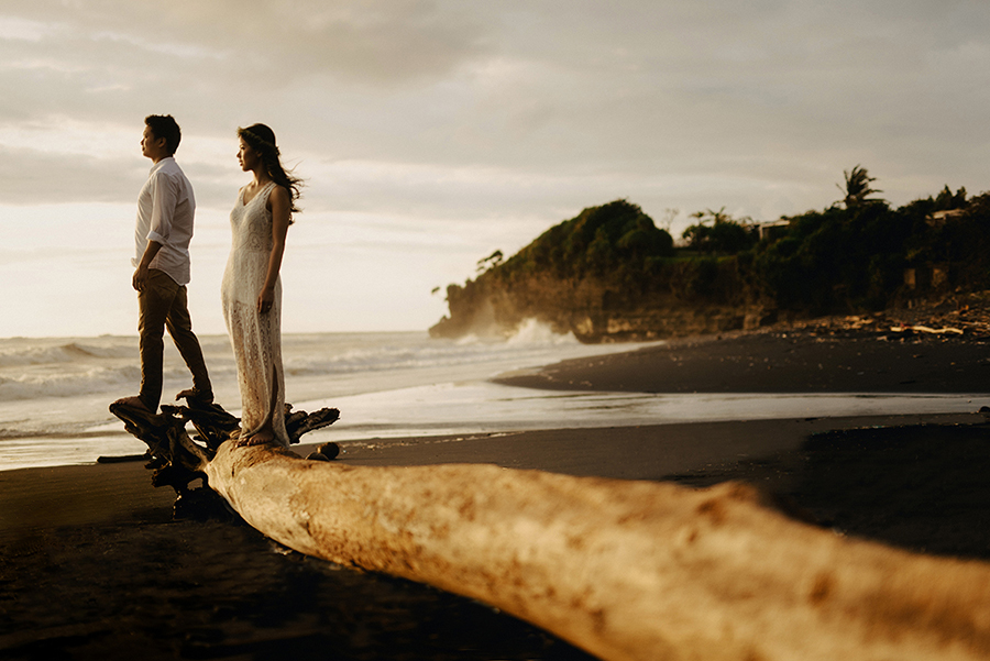 prewedding nyanyi beach