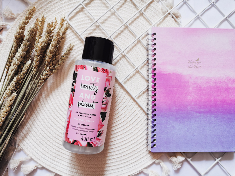 Review | Love Beauty & Planet Blooming Color Shampoo
