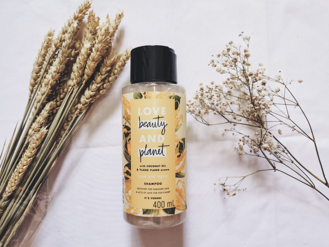 Love Beauty and Planet Shampoo Hope & Repair   Review