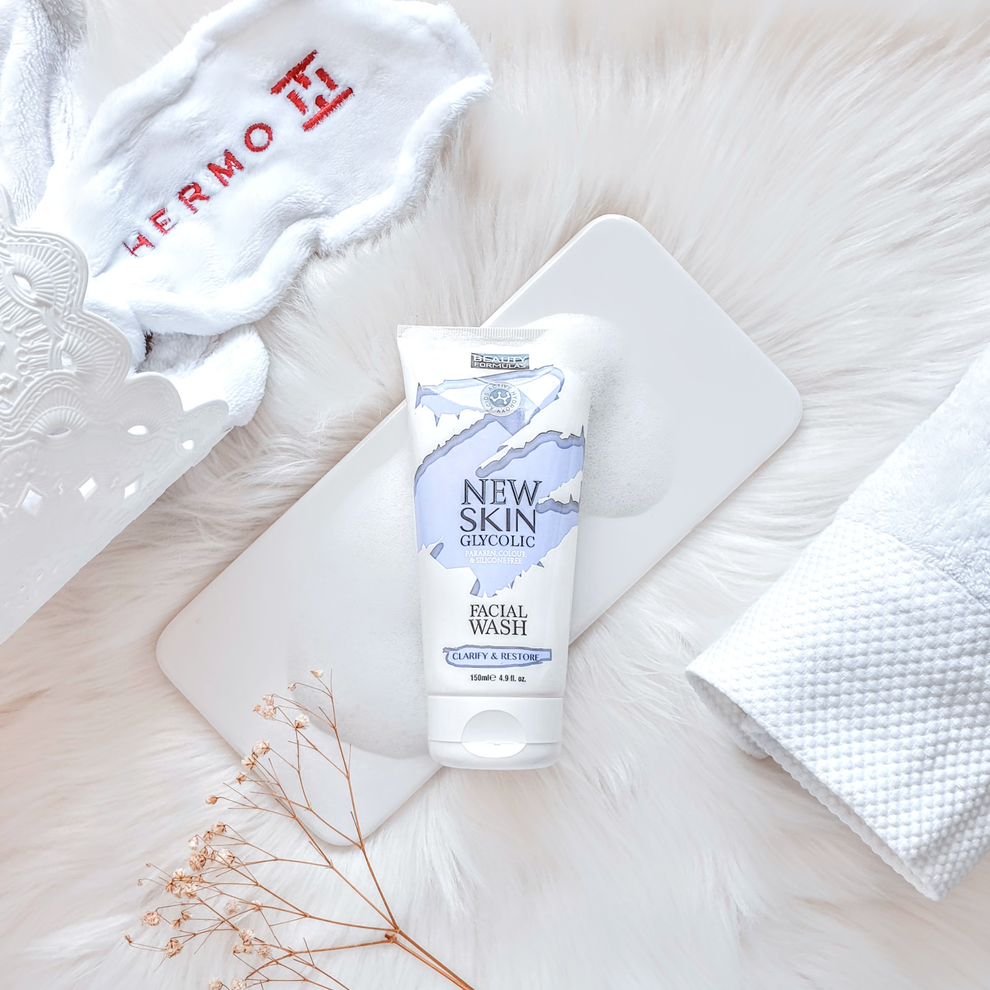 REVIEW   Beauty Formulas New Skin Glycolic Facial Wash