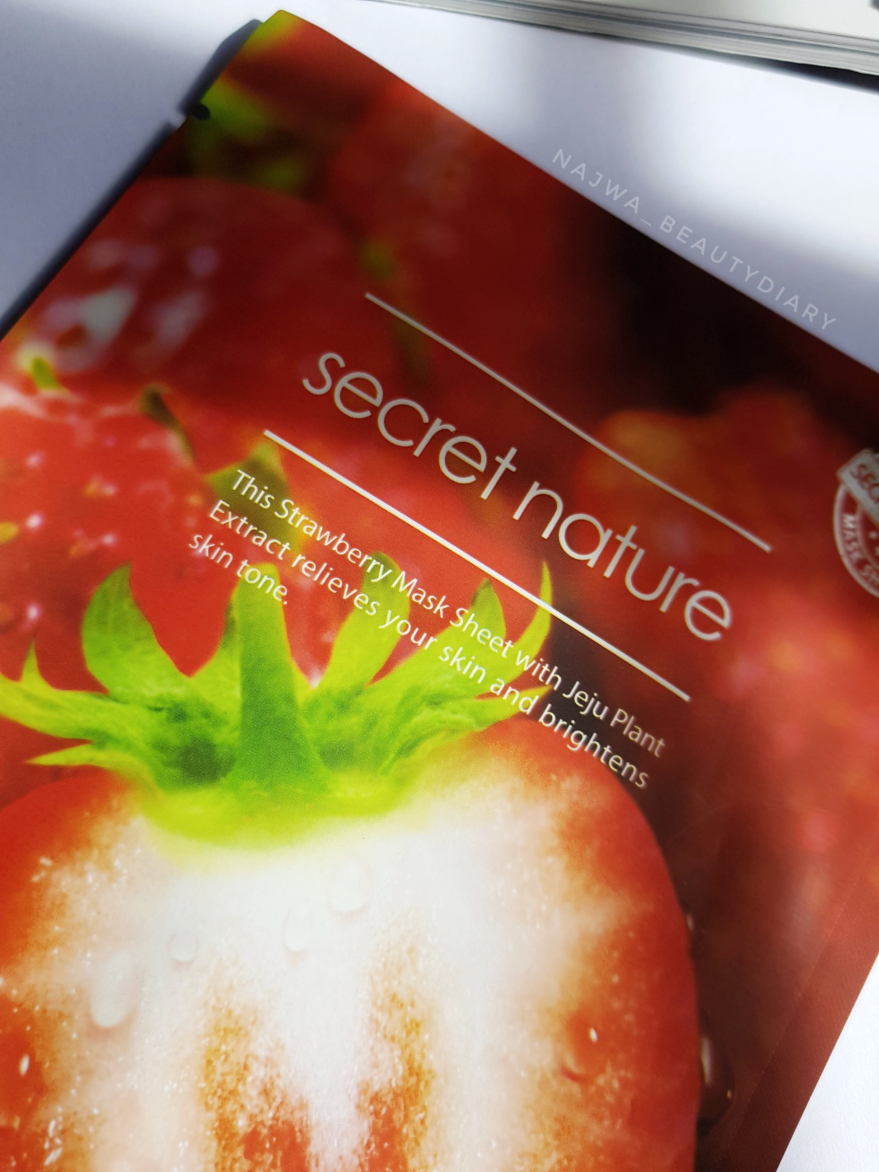 REVIEW | SECRET NATURE (Tone Up) Strawberry Mask Sheet