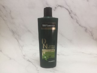 REVIEW | Tresemme Detox & Nourish Shampoo #Ginger & Green Tea