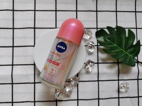 REVIEW | Nivea Deodorant Female Roll On #Sakura Rose