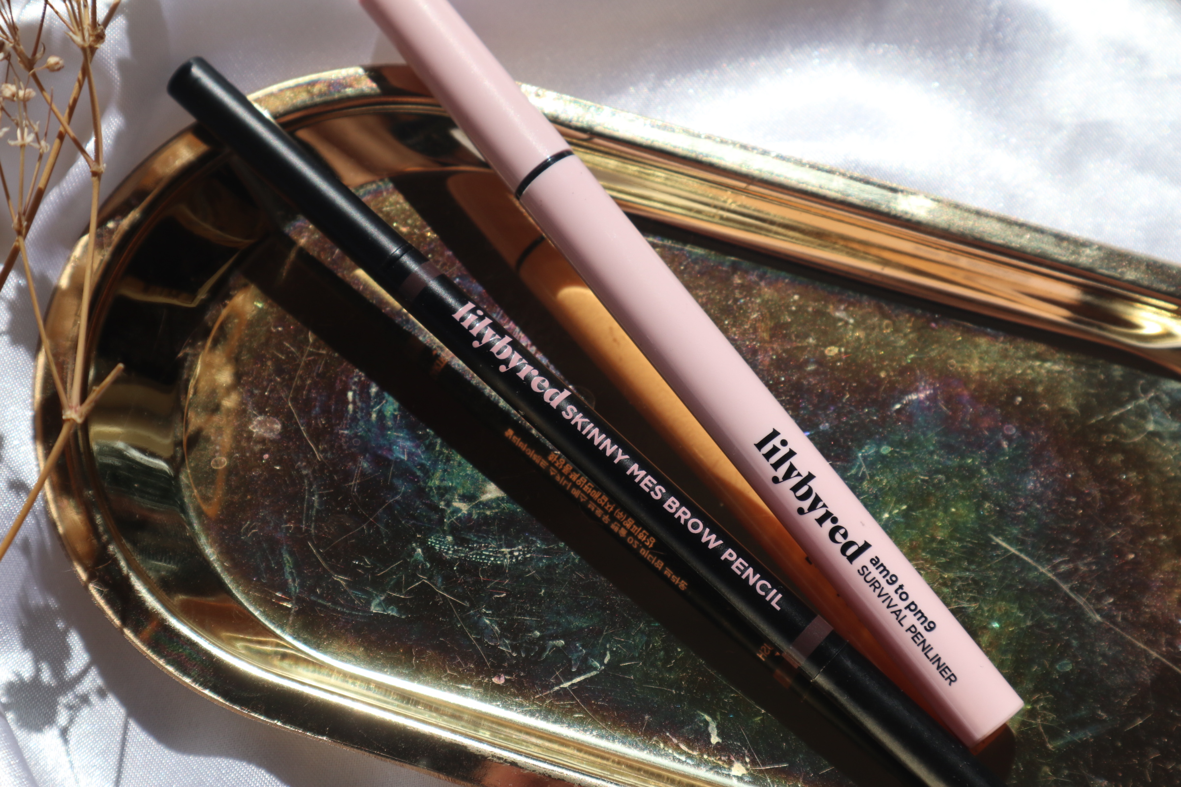 Lilybyred 9AM to 9PM Survival Penliner & Skinny Mes Brow Pencil Review