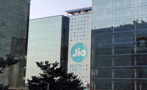 How-to-get-an-internship-at-Jio1