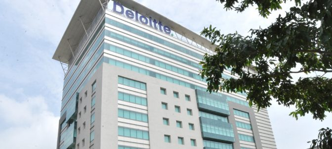 How-to-get-an-internship-at-Deloitte