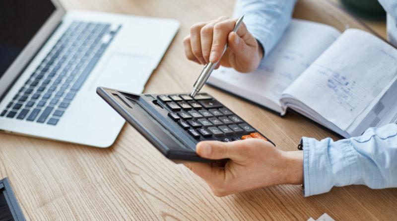 Determining employee compensation