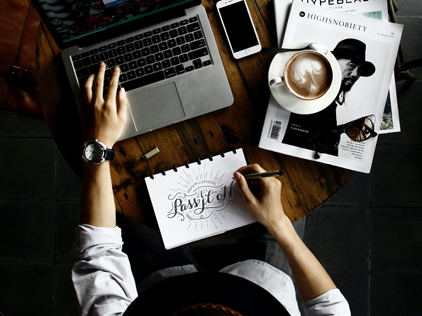 A step-by-step guide to hire a graphic designer