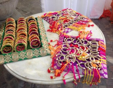 6 Options for Trousseau Packing : WedAbout
