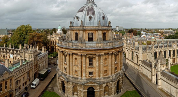 college-application-deadlines-UK-Oxford-University