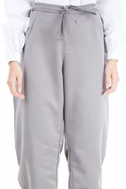 Yasmine Pants in Grey-prd_16836068670100_1523607369.jpg