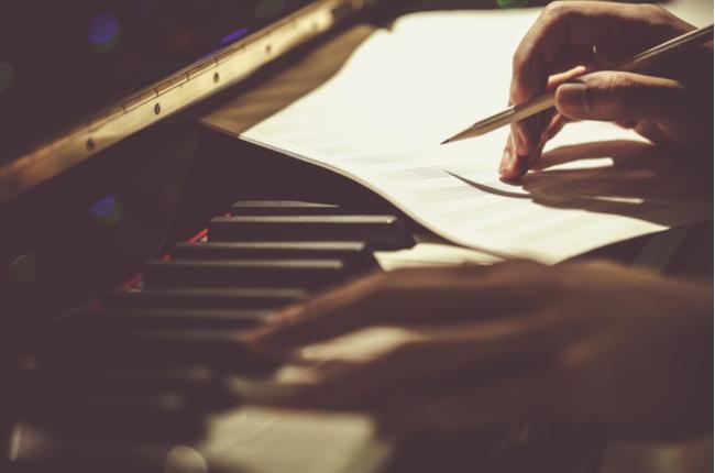 作曲家工作坊:罗坚的讲座