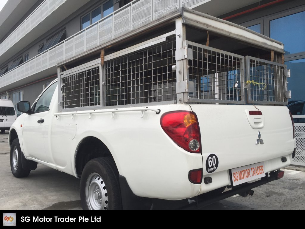 Buy Used MITSUBISHI L200 SINGLE CABIN 2 5L TURBO M/T DIESEL Car in
