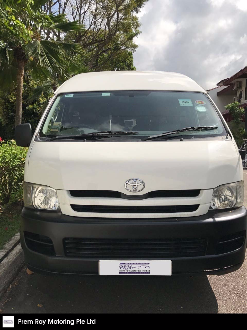 Buy Used TOYOTA HIACE COMMUTER GL 3 0 A Car in Singapore