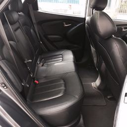 Used Hyundai Tucson 20A Sunroof Car for Sale in Singapore on