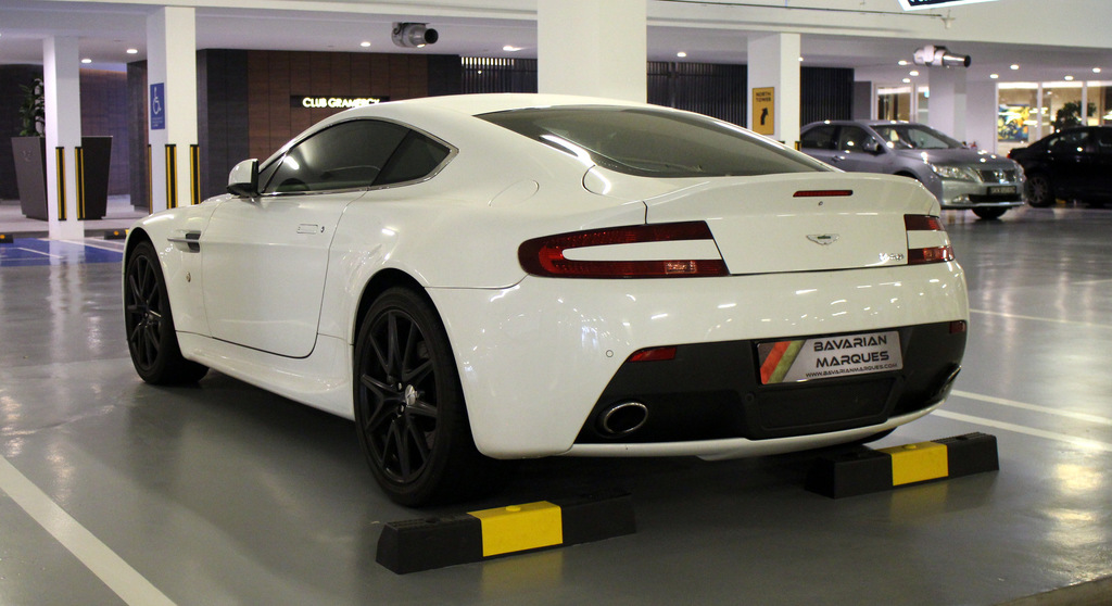 Buy Used ASTON MARTIN V8 VANTAGE COUPE 7 SPEED SPORTSHIFT II Car In  Singapore@$342,888   Search Used Cars For Sale In Singapore   Caarly