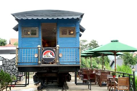 Đà Lạt Train Villa Cafe