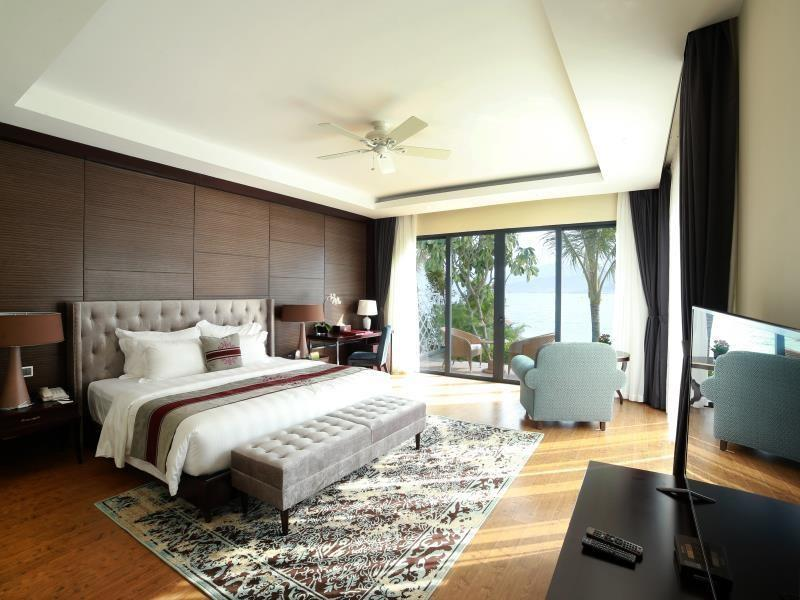 https://s3-ap-southeast-1.amazonaws.com/canhodulich/Apartments/242/110806_25082015_vinpearl-premium-nha-trang-bay-villas-9.jpg