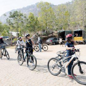 到市郊 Nandi 山區騎單車遊覽,是班加羅爾安全而有特色的行程之一。