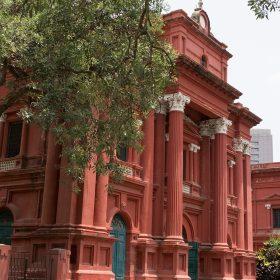 班加羅爾博物館外觀保留了殖民時代之特色。