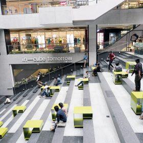 酒店對面的商場Forum,規模不及Phoenix Marketcity大,但仍可買到不少新派之印度品牌。