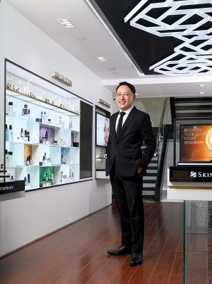 【香港歐萊雅醫學健康美容部門總經理 | 方嘉偉】
