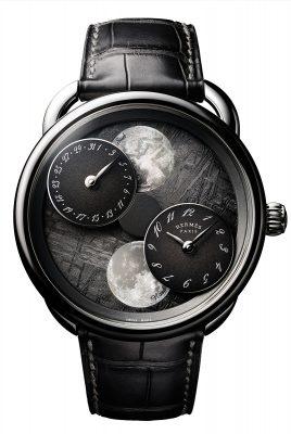 另備有隕石錶盤版本,同樣限量100枚。