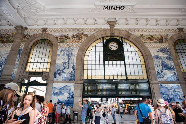 被視為世上最美火車站之一的波圖火車站,是不能錯過之地。