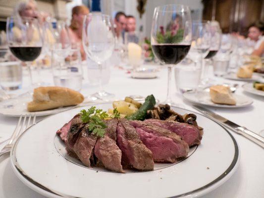 由Chateau du Taillan莊園特別安排的葡萄酒配晚餐,非常難忘。